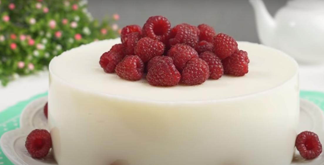 """Потрясающий торт """"Малиновый сюрприз"""""""