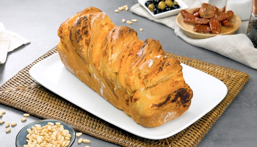 Простой пирог «Бабка»: с несладкой начинкой из домашнего песто