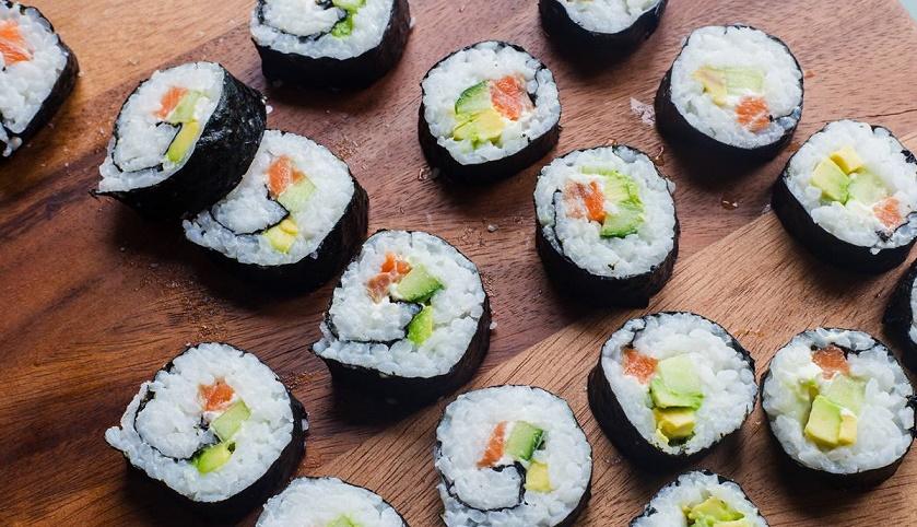 Японские роллы на русской кухне: пошаговая инструкция приготовления
