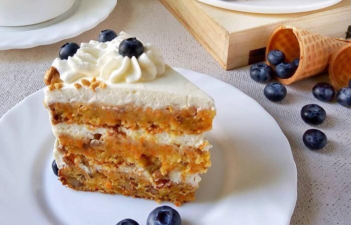 Бесподобный морковный торт со сметанным кремом