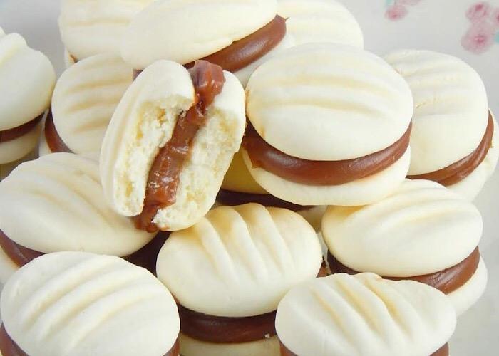 Отменное кукурузное печенье с начинкой