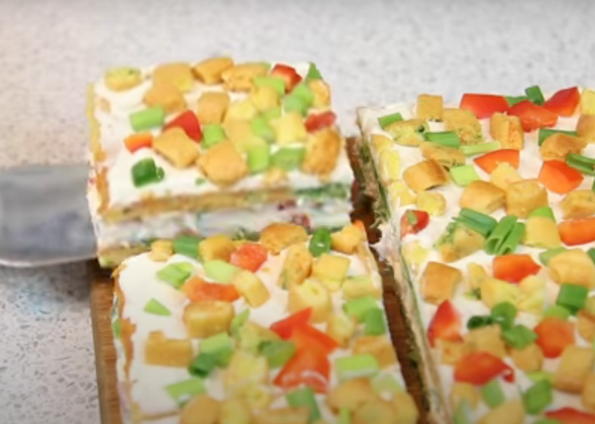 Цветные закусочные пирожные
