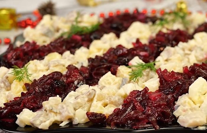 """Аппетитный салатик """"Серпантин"""" на новогодний стол"""