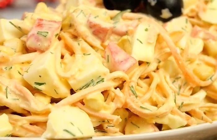 """Вкусный салатик """"Валерия"""" из простых ингредиентов"""