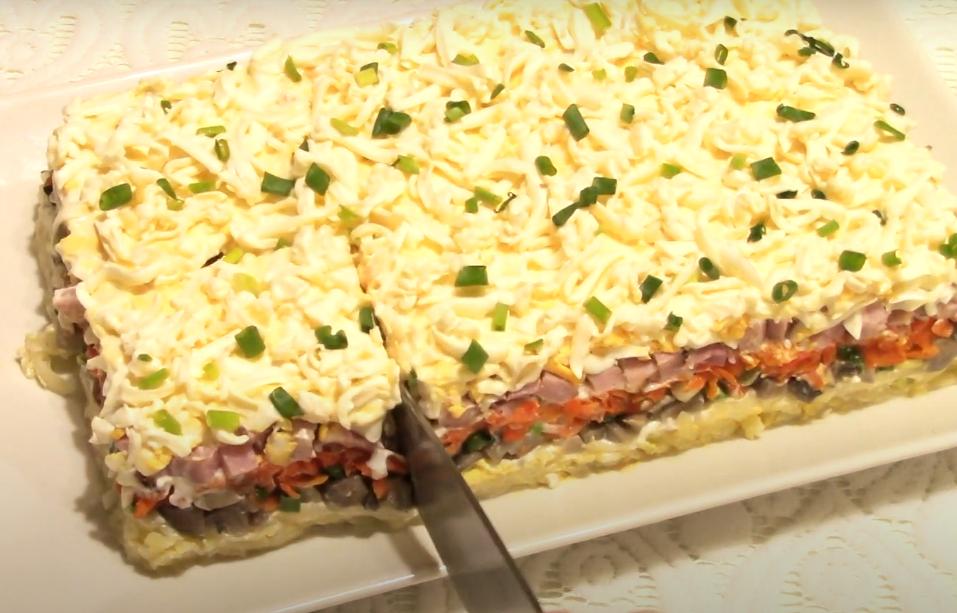 Самый вкусный салат с маринованными грибами