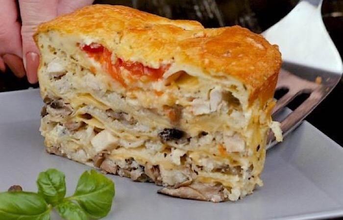 Вкуснейший ленивый пирог из лаваша с грибами и курицей