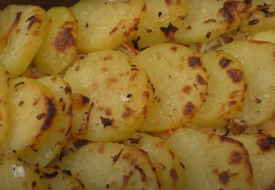 Вкуснейший запеченный в духовке картофель