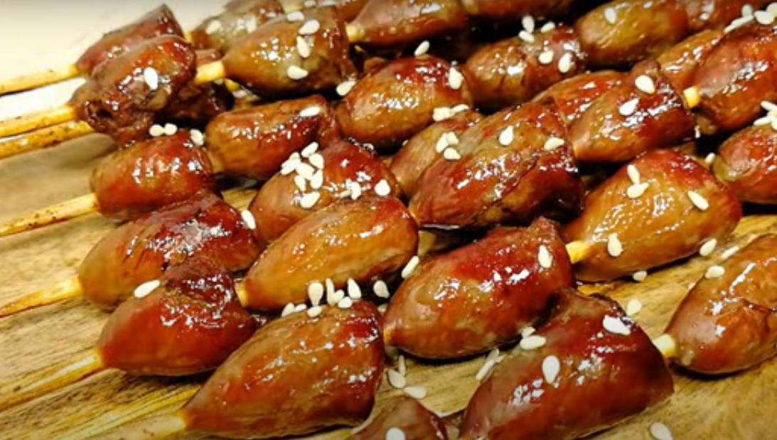 Аппетитные куриные сердечки в соевом соусе