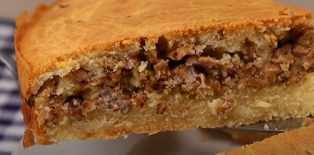 Ароматный и сочный мясной пирог