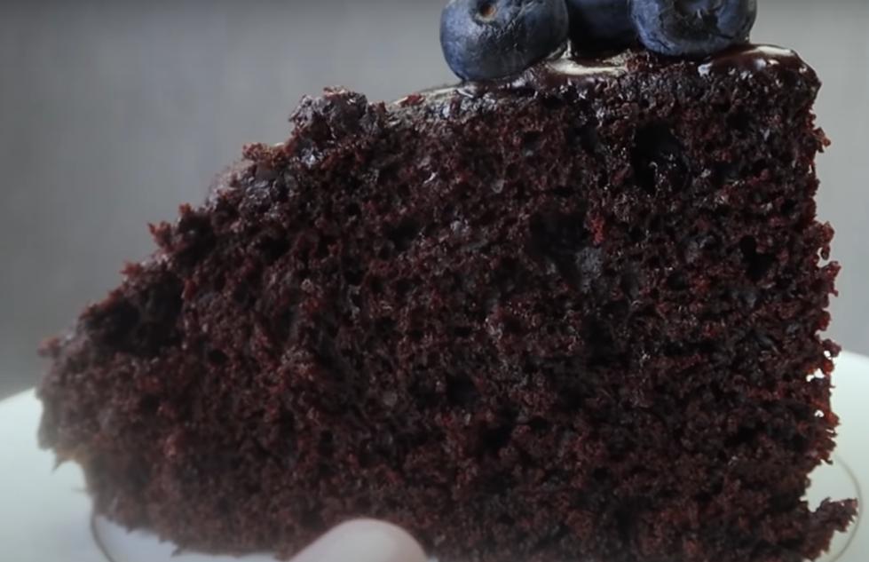 Потрясающе вкусный шоколадный пирог