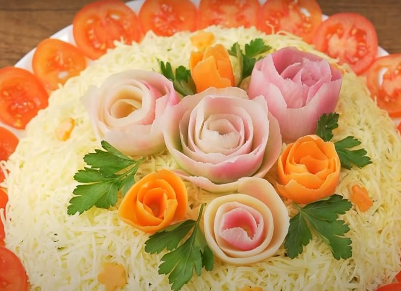 """Восхитительный праздничный салат """"Цветочек"""""""