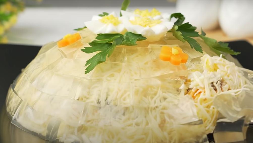 """Оригинальный салат """"Хрустальный"""": готовим к празднику"""