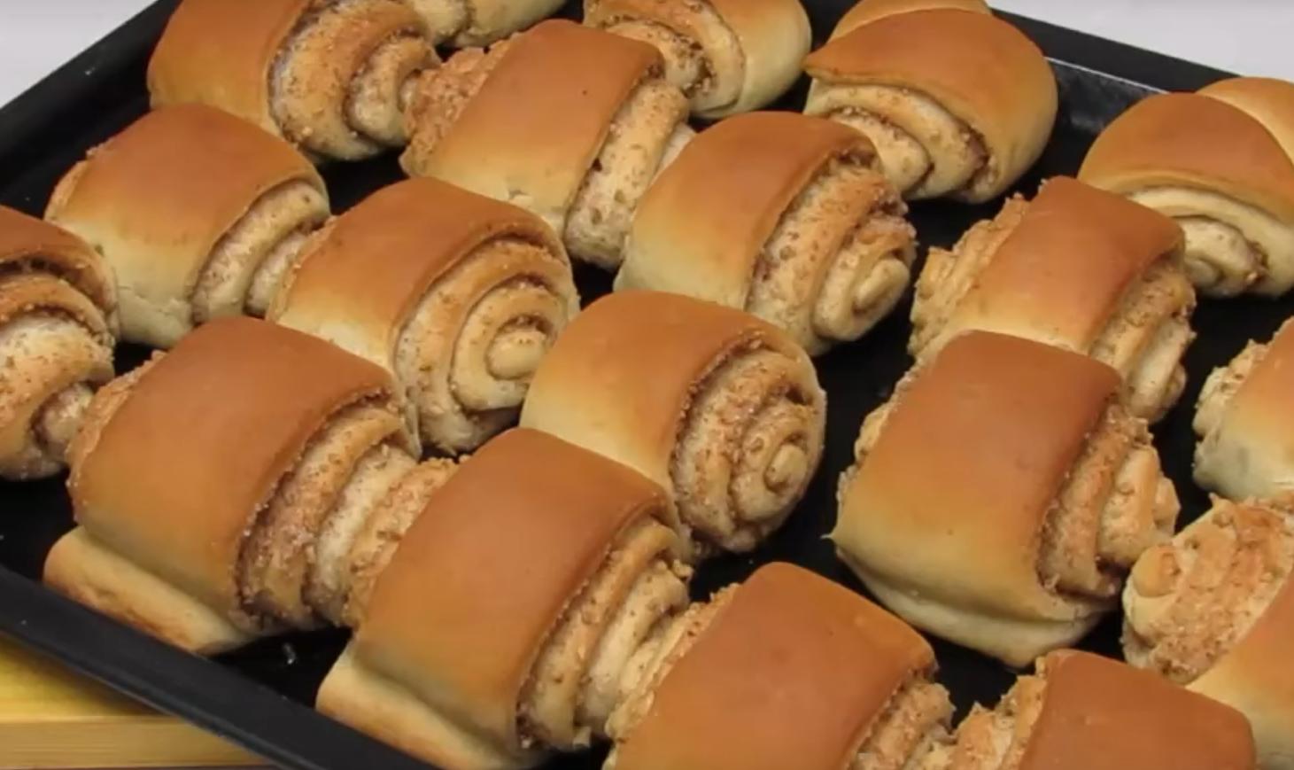 Постные булочки с корицей и орехами