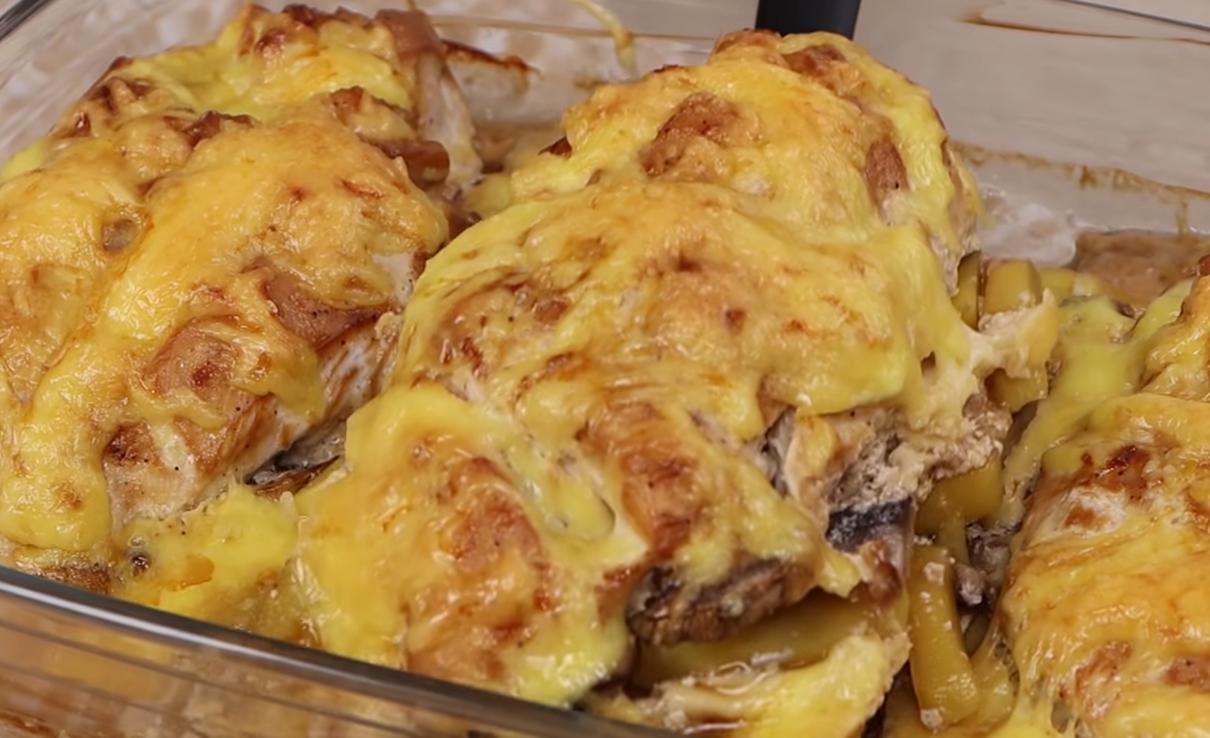 Куриное филе с грибочками под сырной корочкой