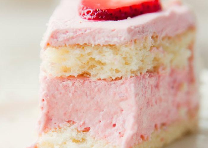 Нежнейший весенний тортик с клубничным муссом