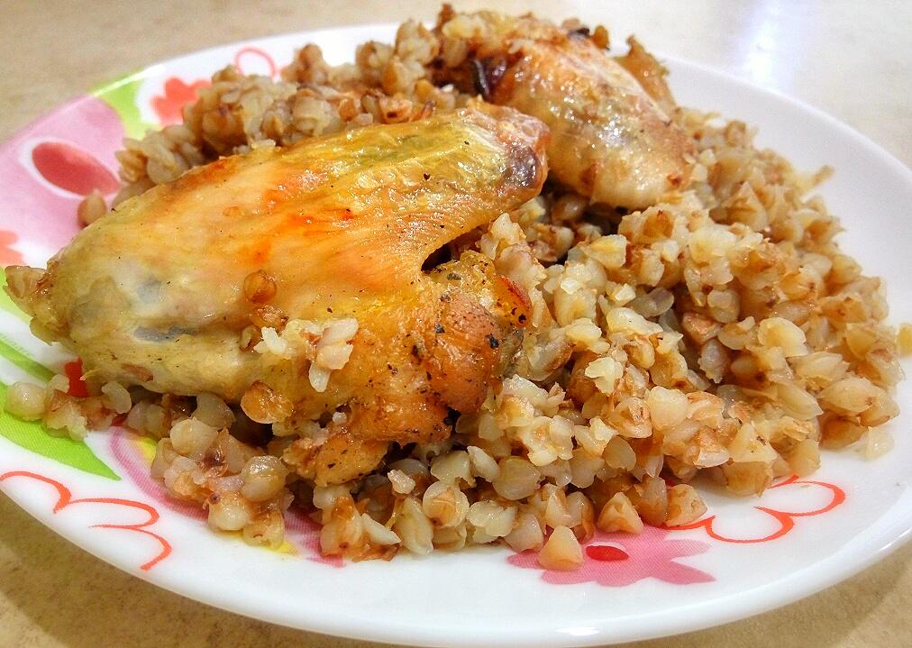 Вкуснейшее блюдо: гречка с мясом и овощами