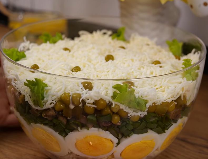Восхитительный салат к празднику