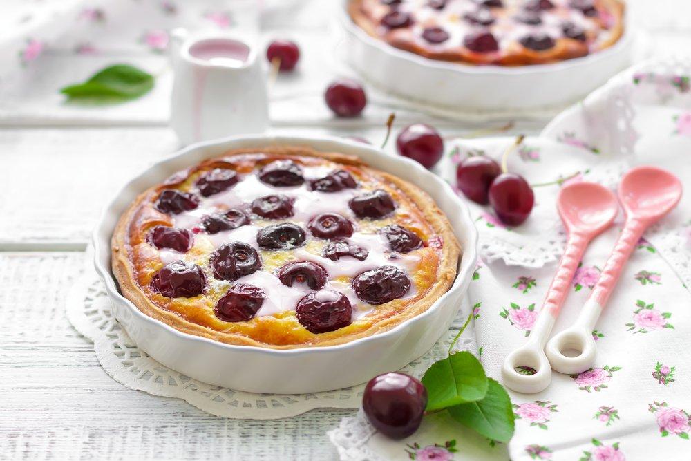 Изумительный летний пирог с вишней