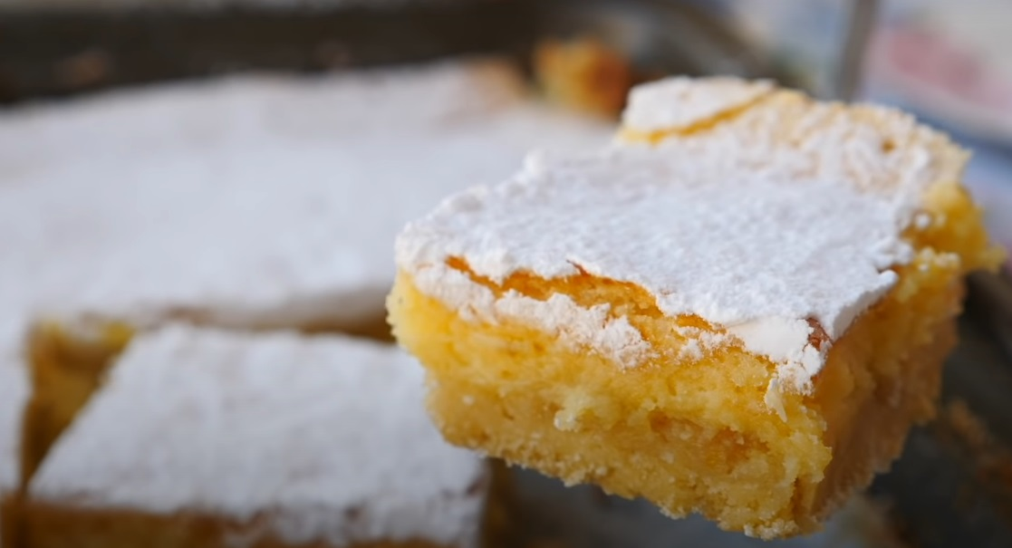 Пирог в лимонной заливке