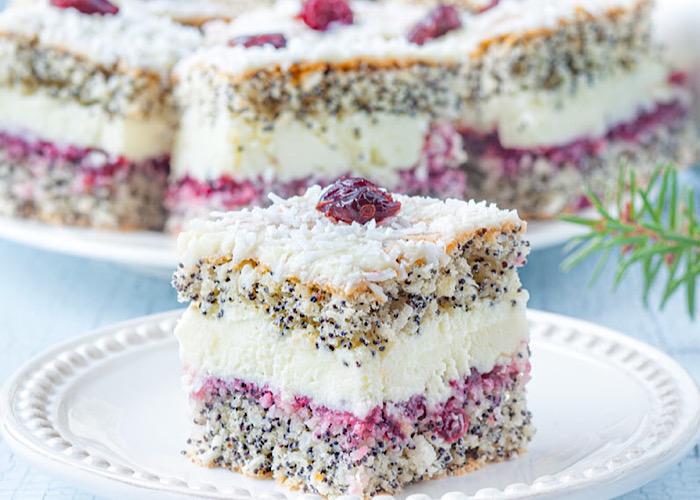 Божественно вкусный маковый торт с пудинговым кремом и джемом