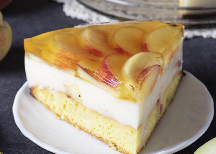 Вкуснейший йогуртовый торт с персиками