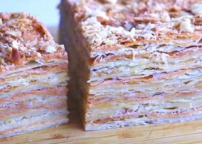 Вкуснейший слоеный торт с двумя видами крема